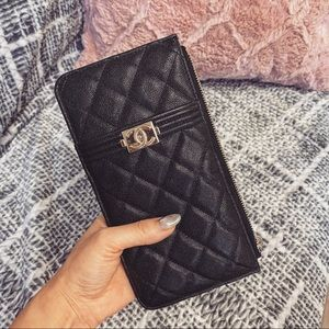 Brand new CHANEL leather wallet